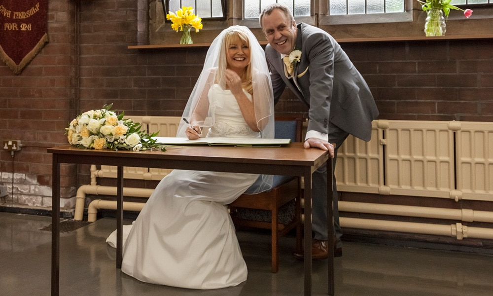 Looking for a Manchester wedding photographer?